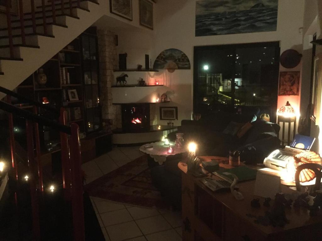 Nuove Pitture Per Appartamenti b&b claro de luna, tovo san giacomo, italy - booking