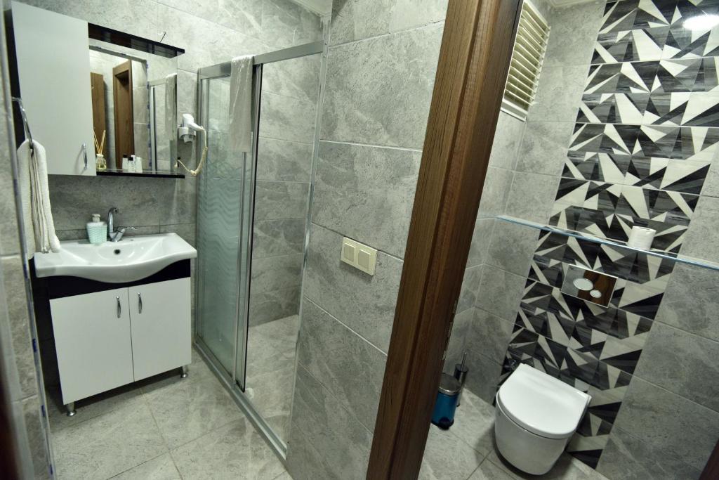 Ванная комната в Rays Otel