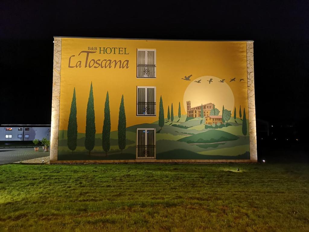 Hotel La Toscana Am Europapark Ringsheim Germany Booking Com