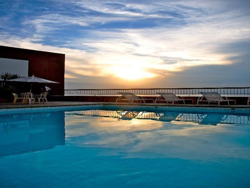 The swimming pool at or close to Sol Victoria Marina Lofts