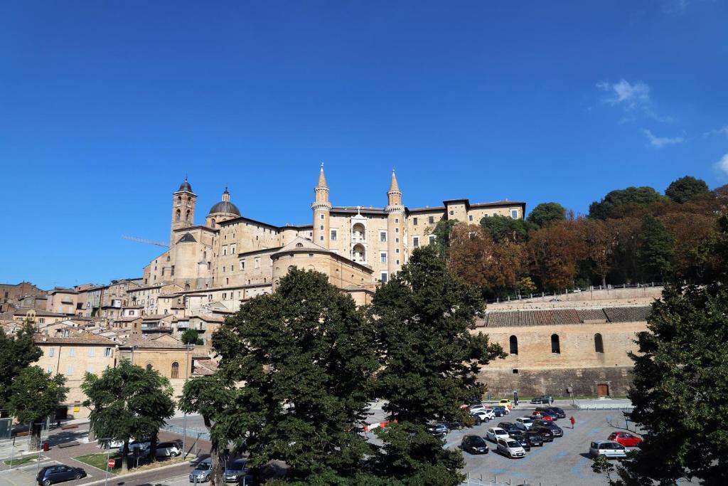 Apartment Balcone Sulle Meraviglie Urbino Italy Booking Com