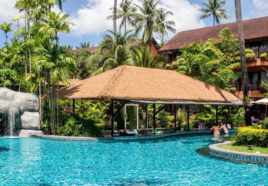 Patong Merlin Hotel Beach