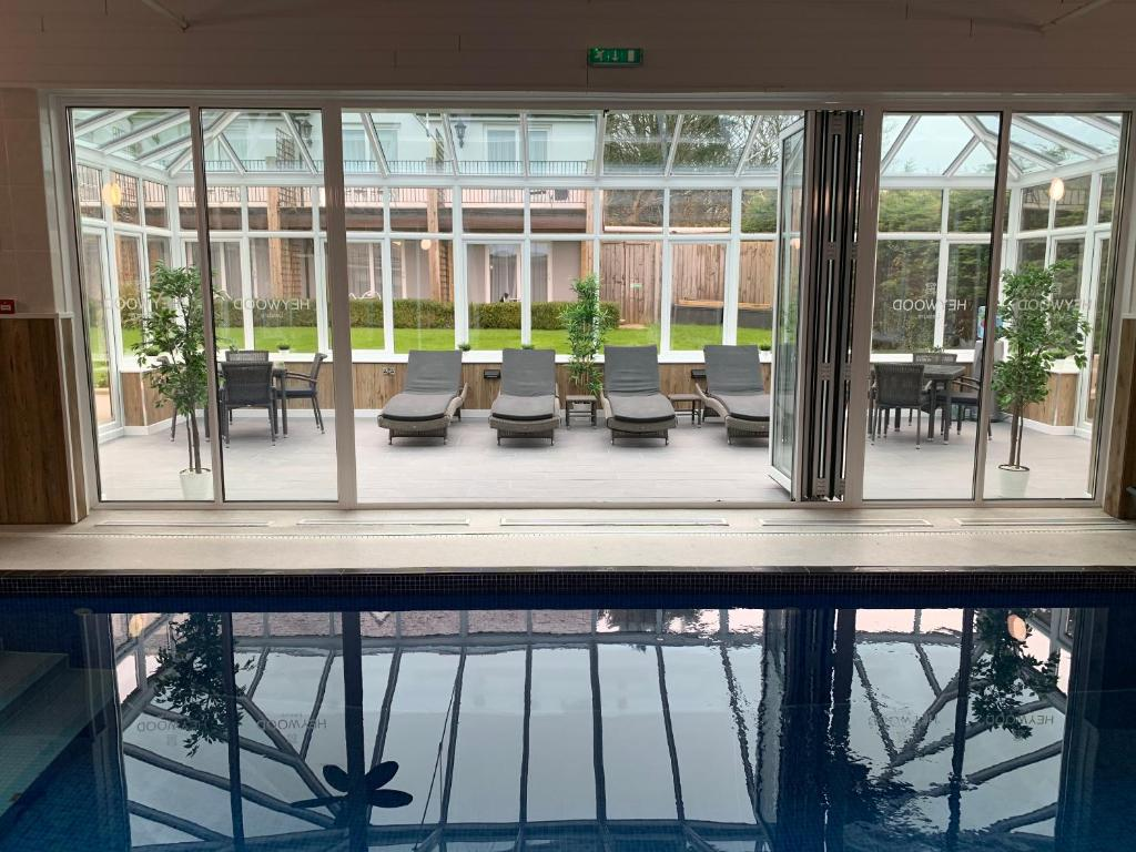 A view of the pool at Heywood Spa Hotel or nearby