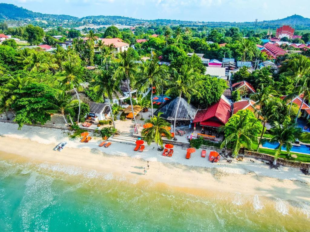 Vue panoramique sur l'établissement Secret Garden Beach Resort