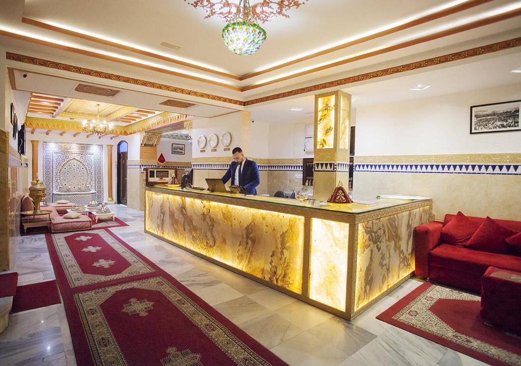 El vestíbulo o zona de recepción de Hotel Mamora Tanger