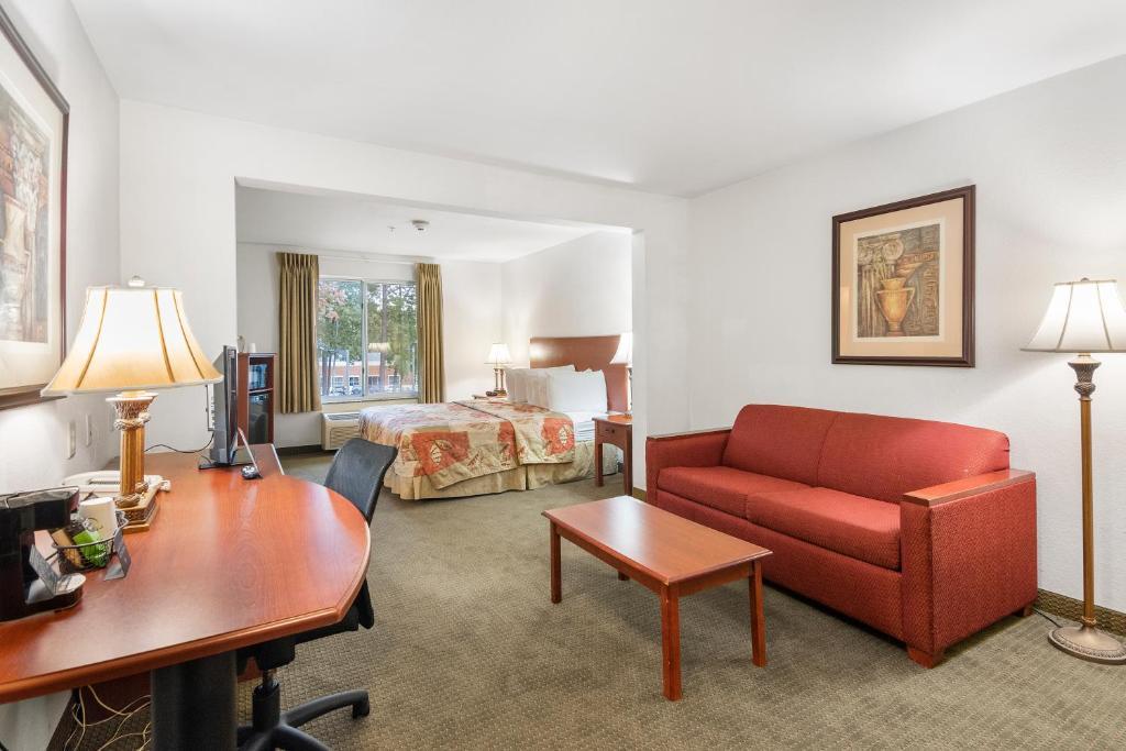 Jameson Inn & Suites Newport News