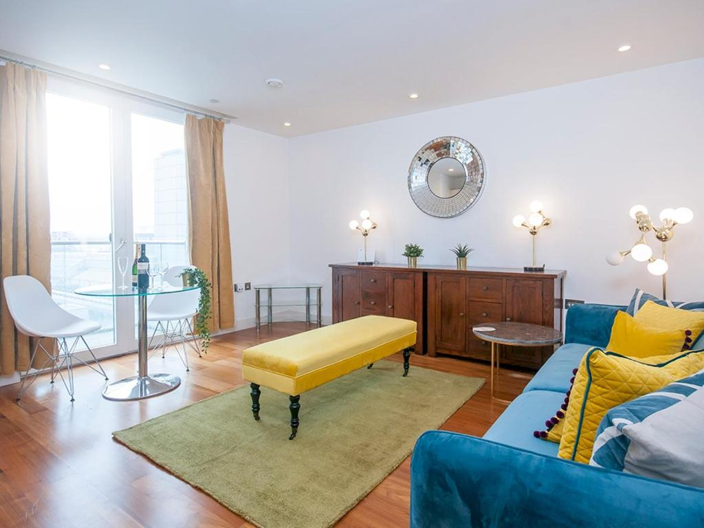Luxurious 1 Bed Cardiff City Centre Apartment