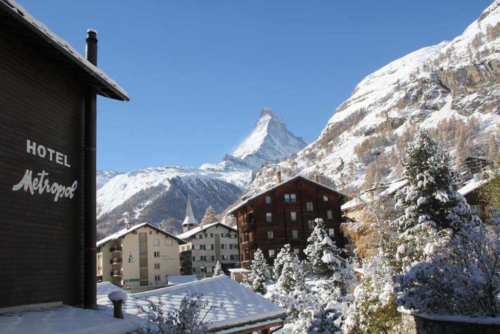 Hotel Alfa Zermatt during the winter