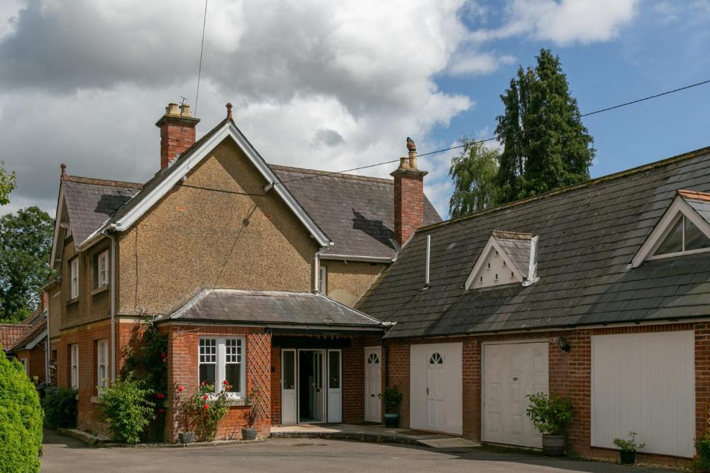 The Garden House B&B in Grittleton, Wiltshire, England