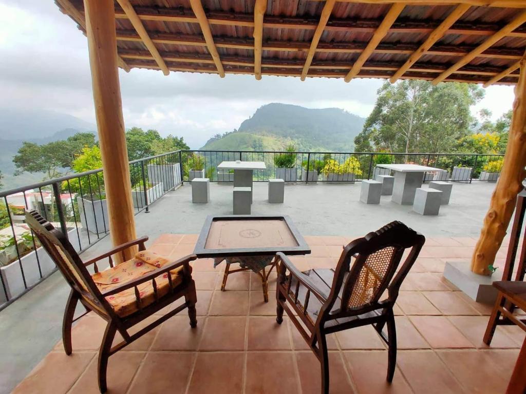 A balcony or terrace at Heart of Ella