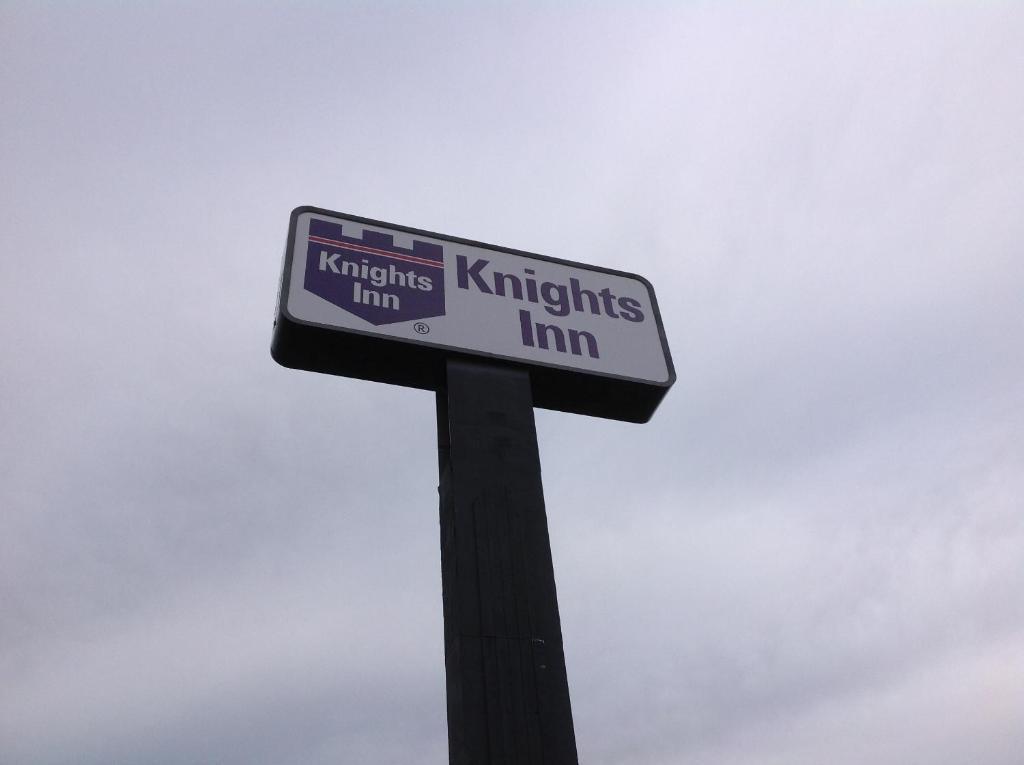 Knights Inn Fort Worth