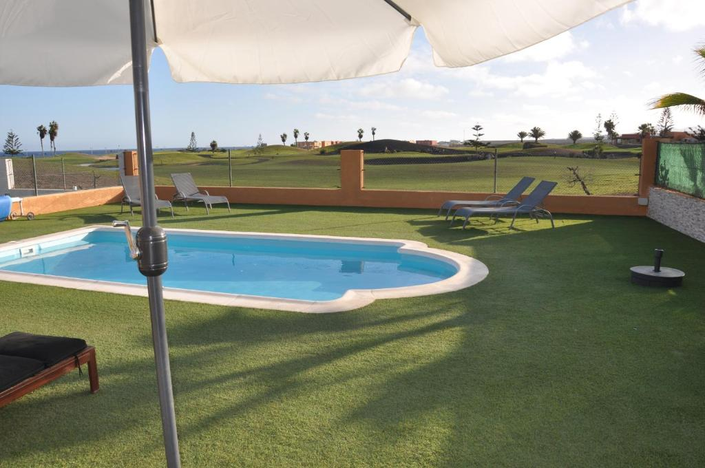 Villa Surprise only Solar Energy, Caleta De Fuste, Spain ...