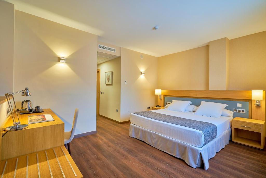Hotel Guadalmedina (España Málaga) - Booking.com