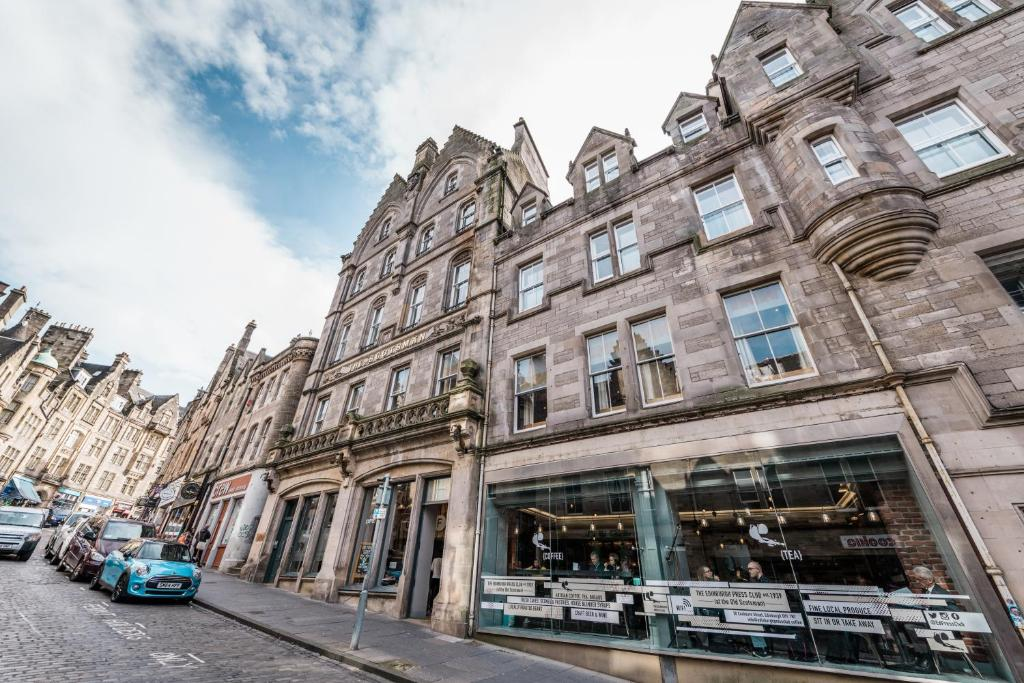 The Inn Place in Edinburgh, Midlothian, Scotland
