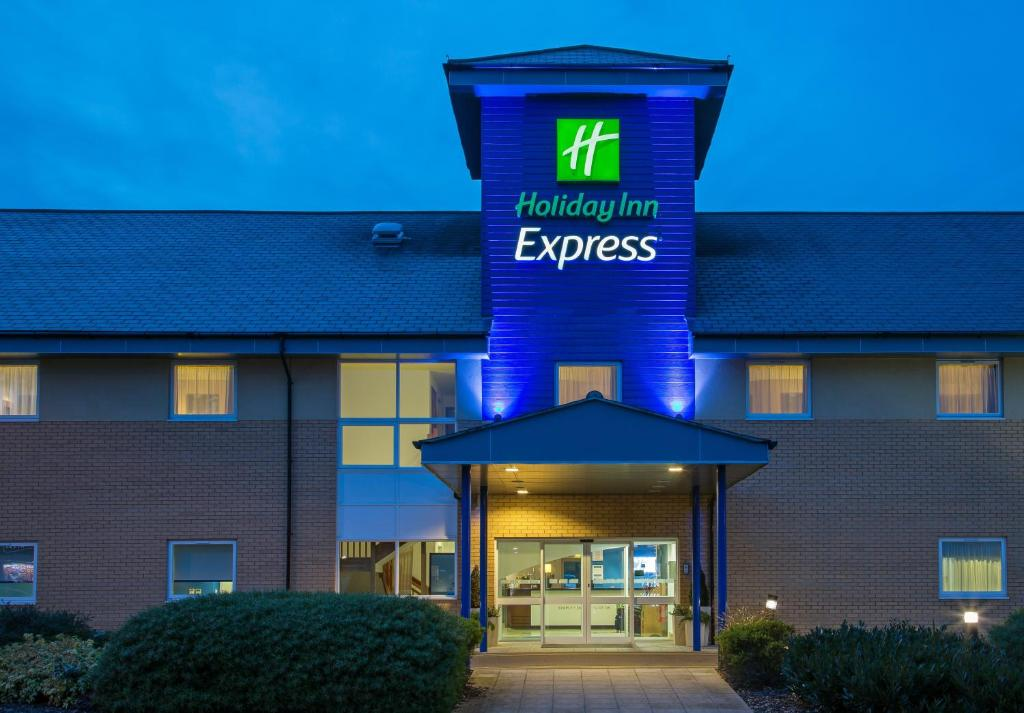 Holiday Inn Express Braintree Braintree Updated 2020 Prices