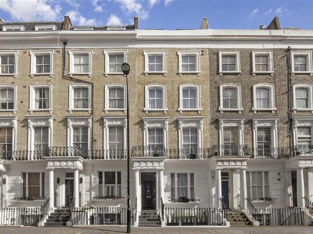 Lazars - Spacious 3 Bedroom Apartment In Notting Hill