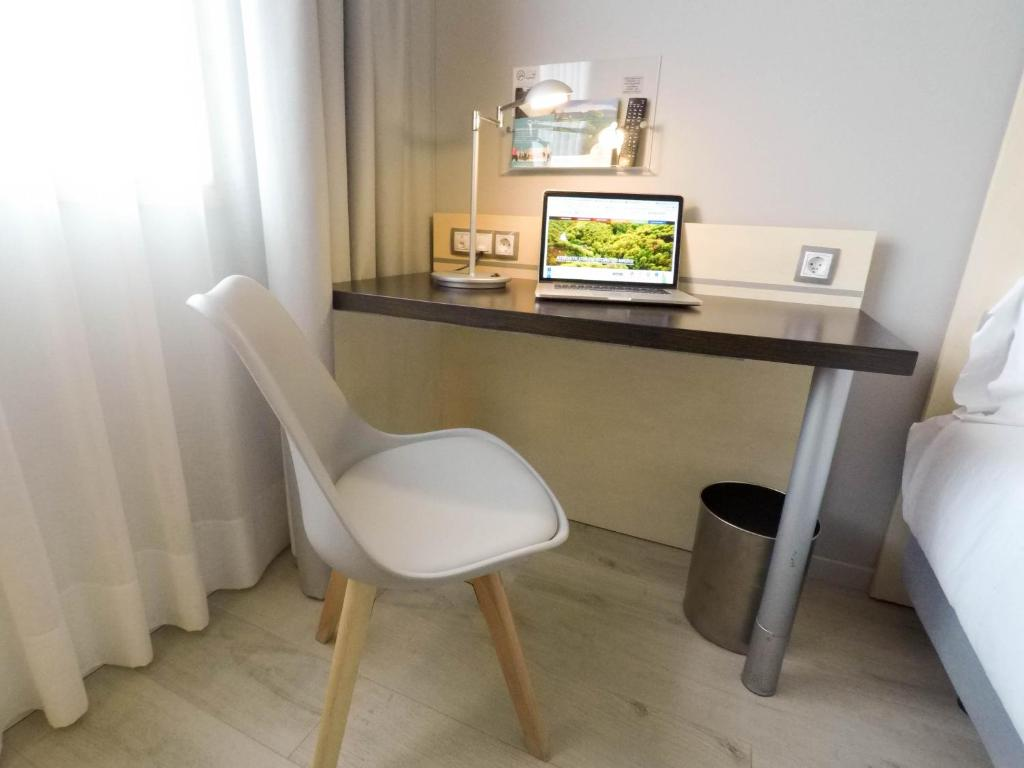 Holiday Inn Pamplona (España Mutilva Baja) - Booking.com