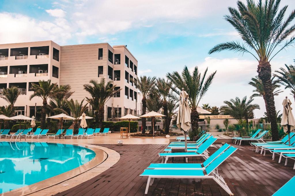 Лермонтово отель мария описание пляжа фото