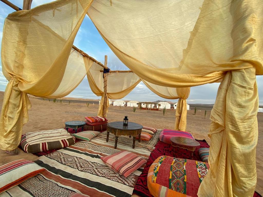 The One Bebe De Luxe luxury bega camp, merzouga – tarifs 2020