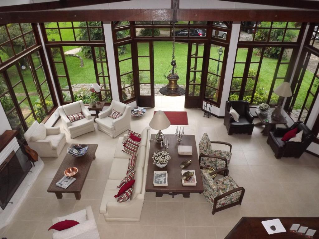 The lobby or reception area at Hotel Vivenda Penedo