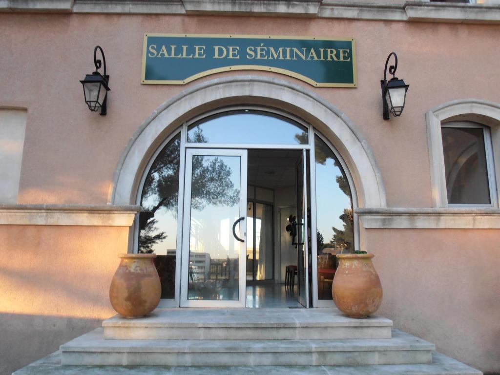 Art Plus Cadre Vitrolles hôtel saint roch, martigues, france - booking