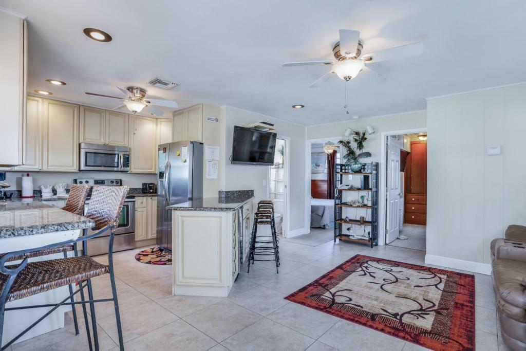 Estero Boulevard Apartment 5900