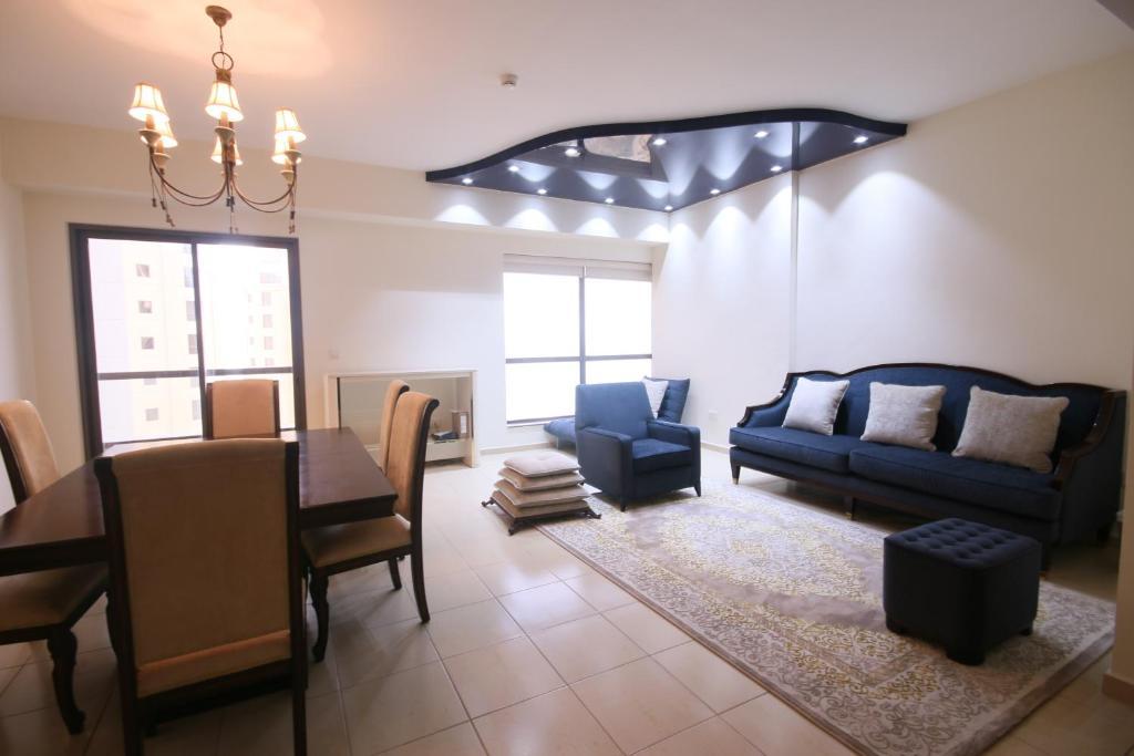 Ein Sitzbereich in der Unterkunft Elan Rimal1 Suites