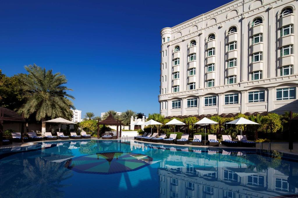 The swimming pool at or near Radisson Blu Hotel, Muscat