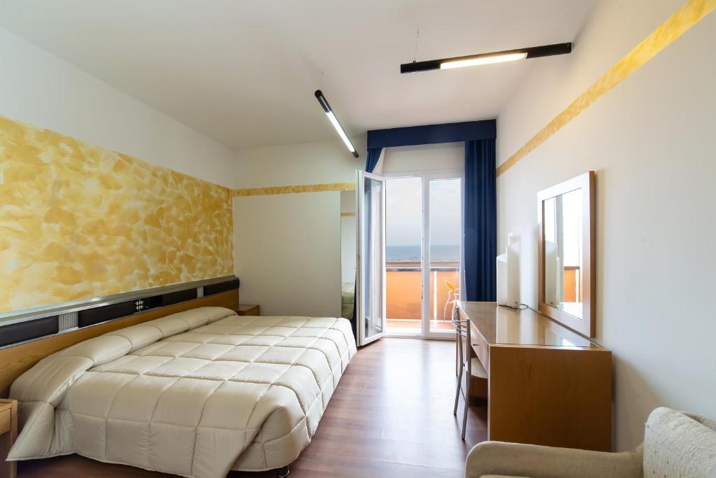 Letto A Castello A Rimini.Park Hotel Rimini Italy Booking Com