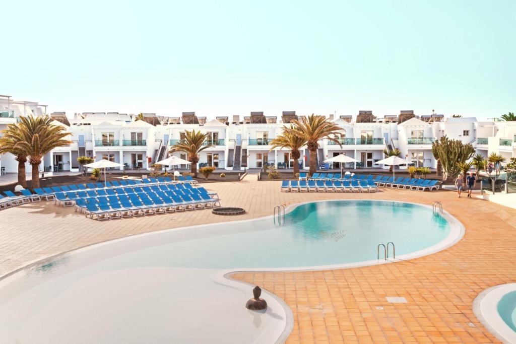 Het zwembad bij of vlak bij Blue Sea Lanzarote Palm