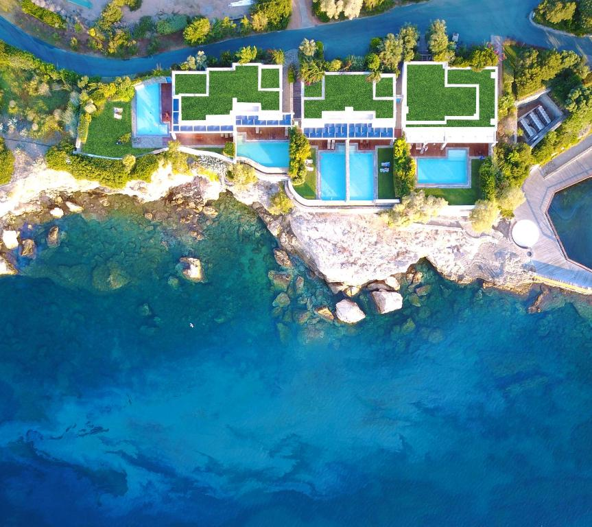 A bird's-eye view of Grand Resort Lagonissi