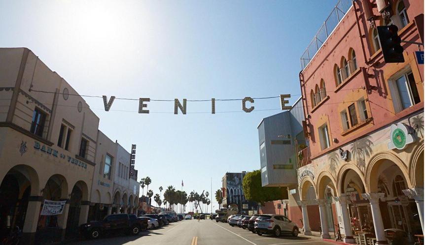 Apartment Coastal Studio Los Angeles Ca Booking Com