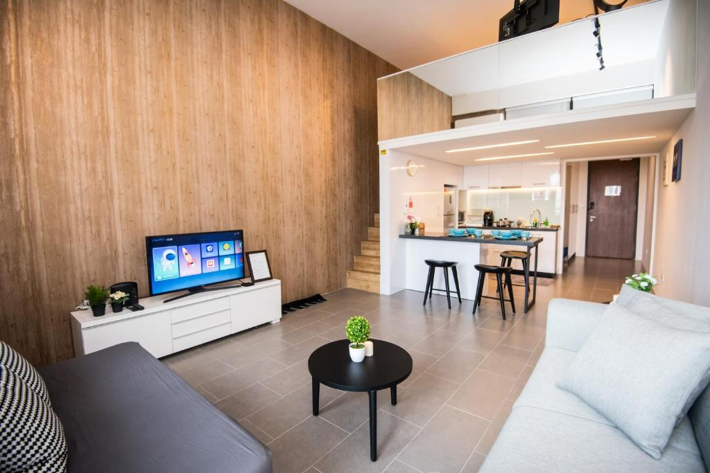 A seating area at KL Bangsar Sentral PSM BY LUXURY SUITES