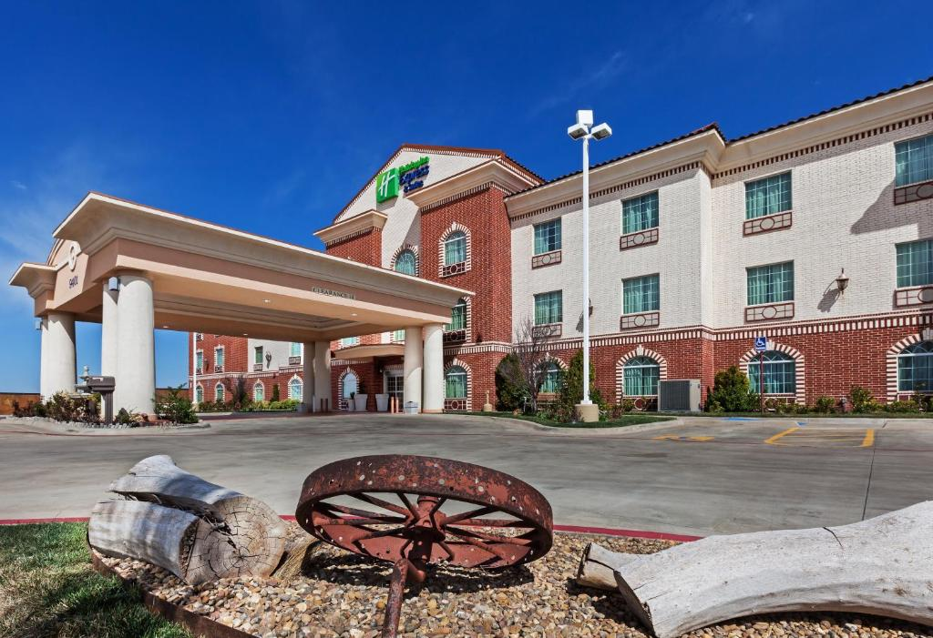 Holiday Inn Express Hotel & Suites Amarillo East.