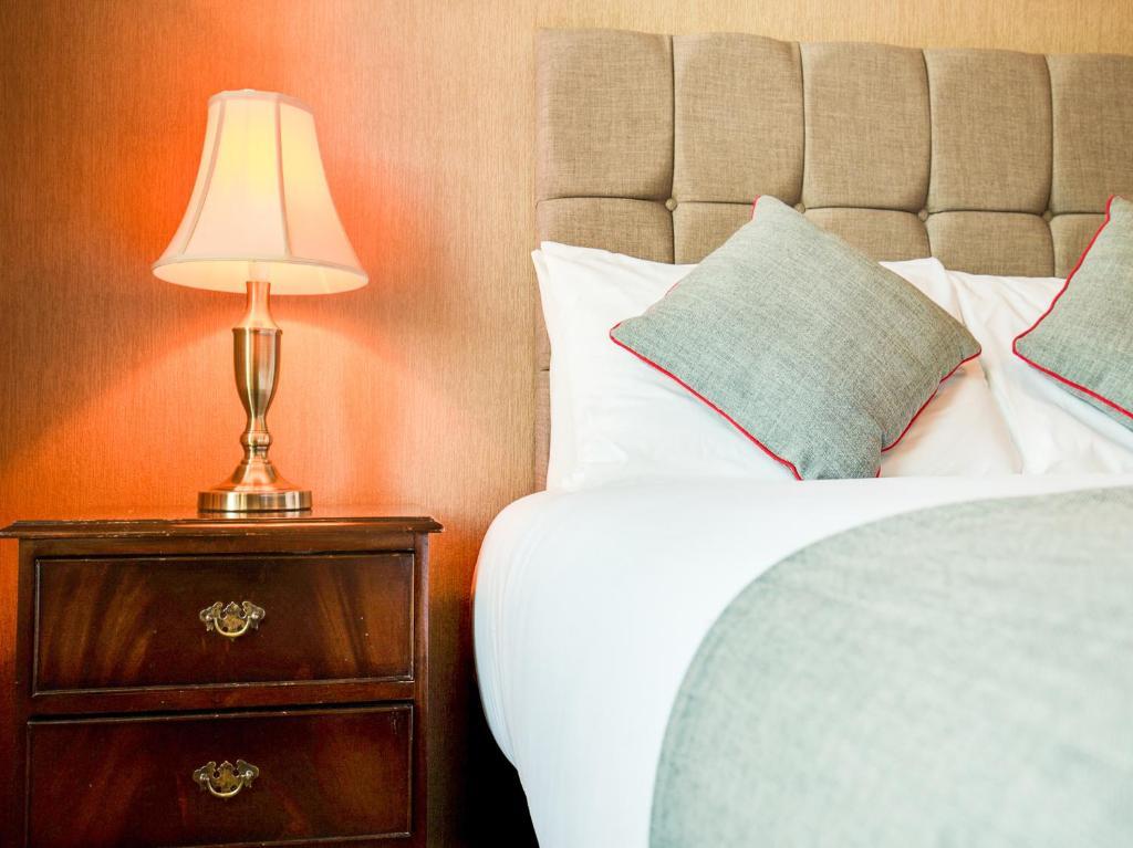 Drummonds Hotel