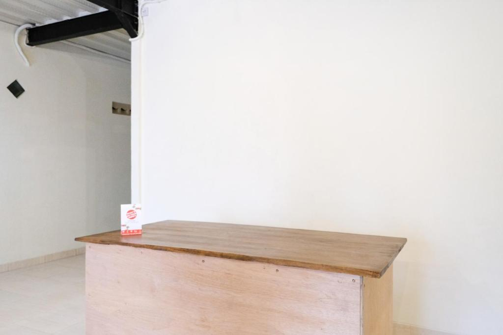 Desain Ruang Tamu Cafe  booking com u u o o u oyo 2383 andongkoe 64 salatiga o o u o oau ooo