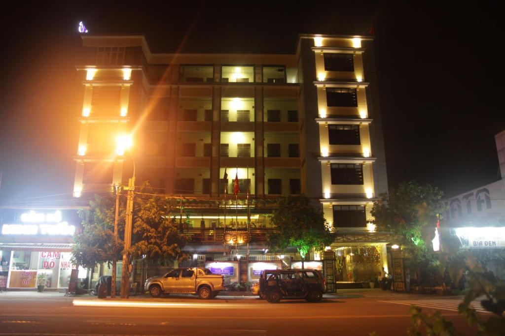Au Lac Hotel