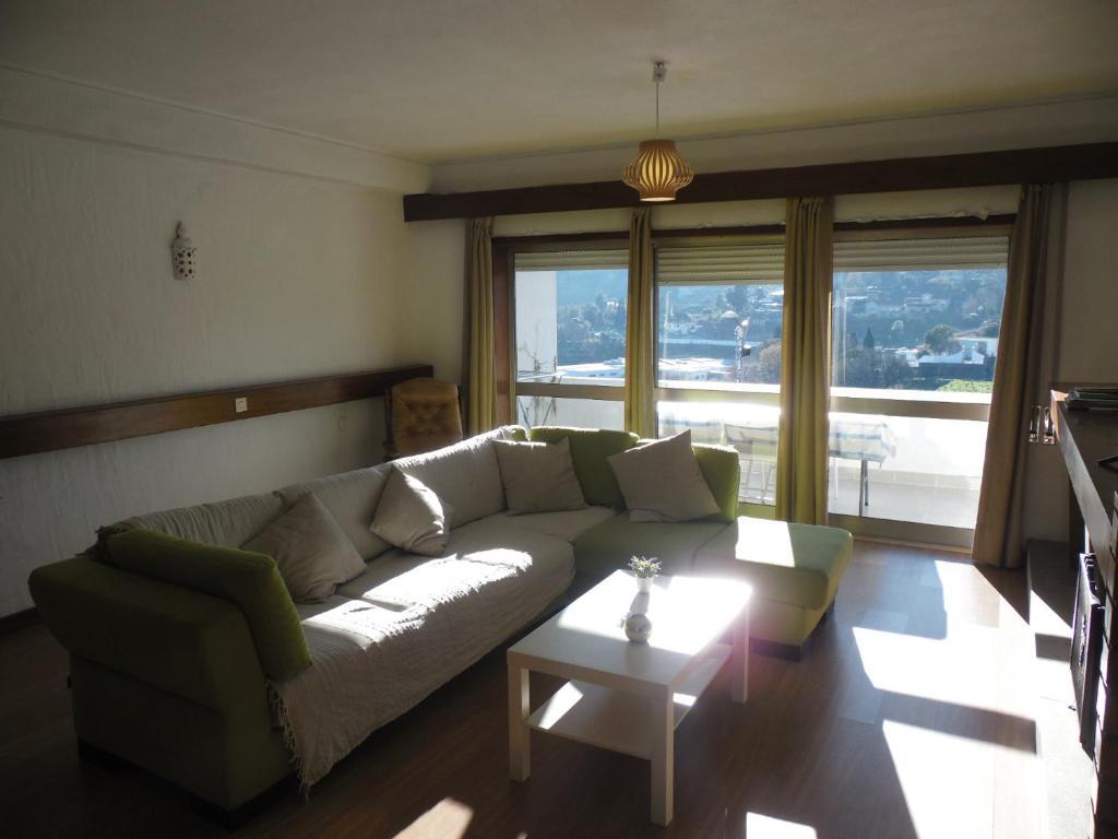 A seating area at T3 em Sever do Vouga