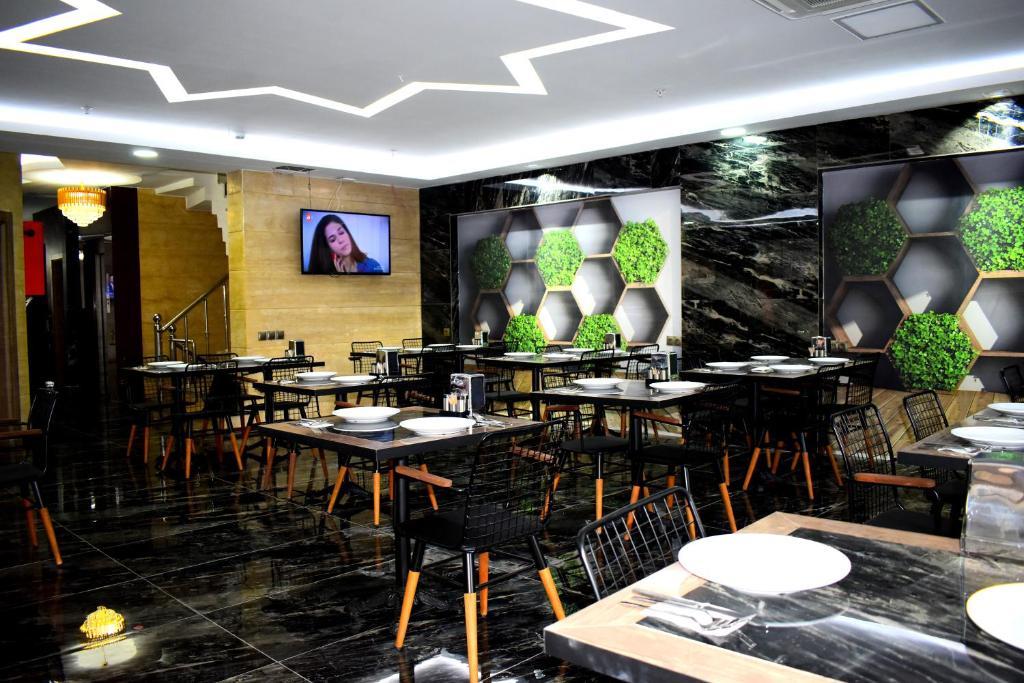 Ресторан / где поесть в Dem İstanbul Airport Hotel