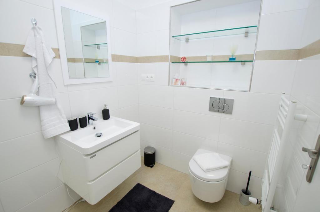 Hostel Apartments Praga Prezzi Aggiornati Per Il 2020