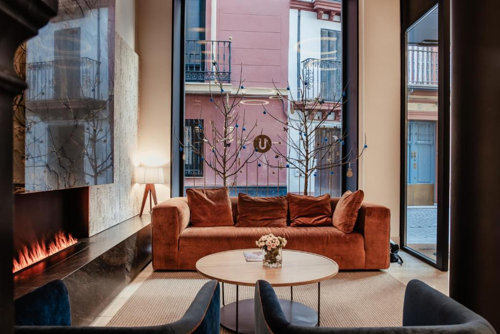Hotel Unuk Soho Seville Spain Booking Com