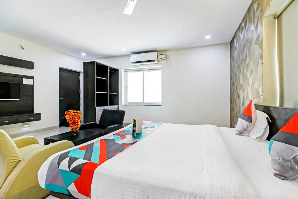OYO Apartments Safari Nagar Kondapur