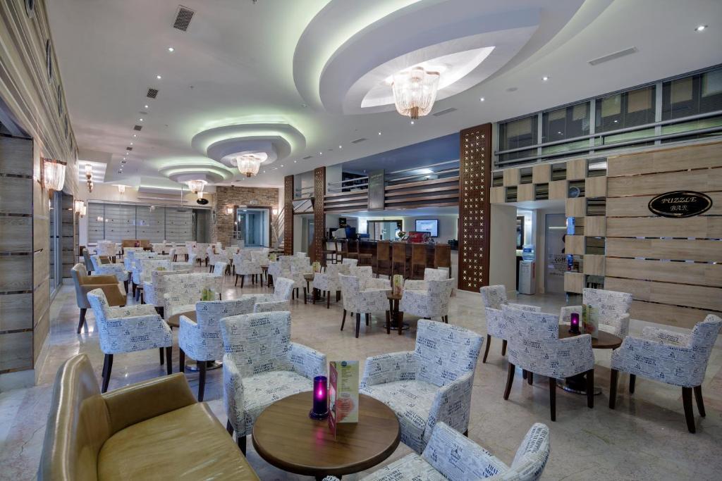 Ресторан / где поесть в Alaiye Kleopatra Hotel