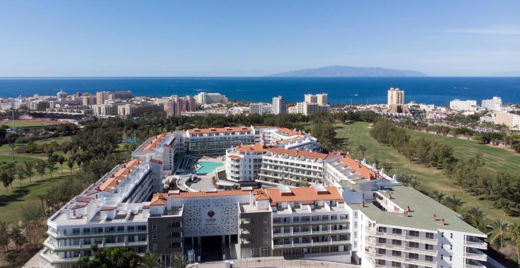 A bird's-eye view of Gara Suites Golf & Spa