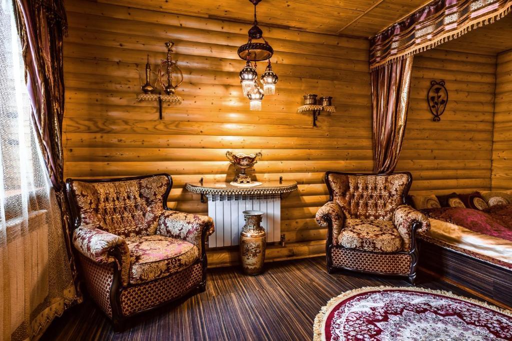Гостиная зона в Отель Раздолье