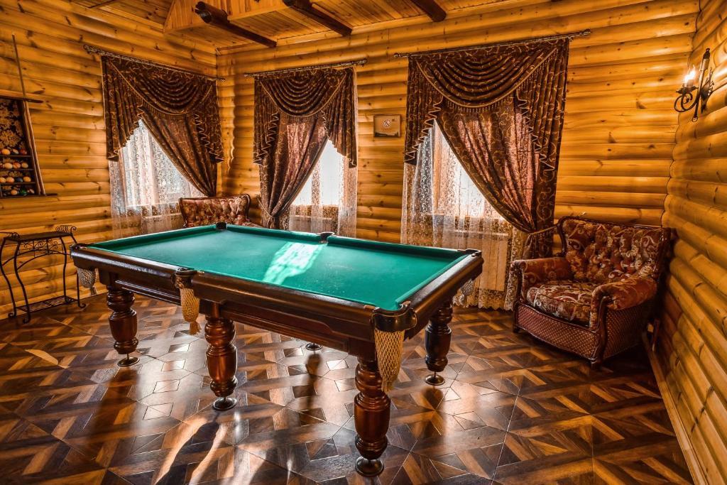 Бильярд в Отель Раздолье