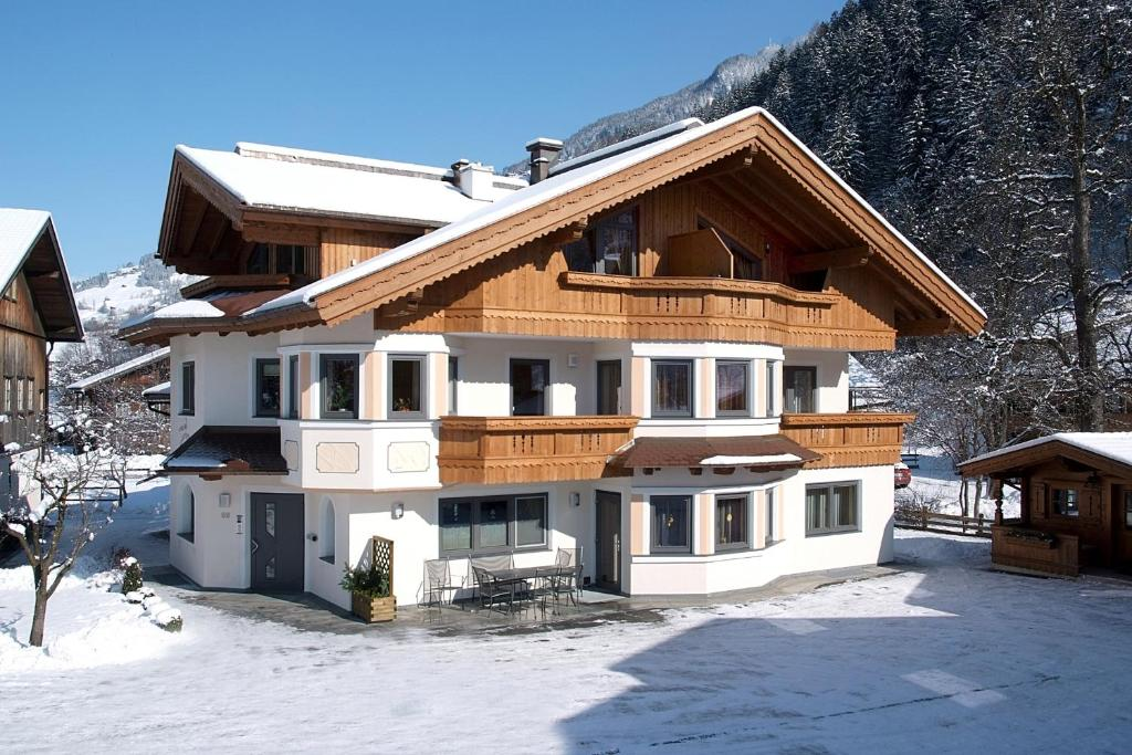 Appartement Zottl im Winter