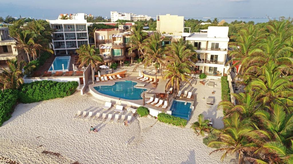Uma vista da piscina em Hotel Playa La Media Luna ou nos arredores