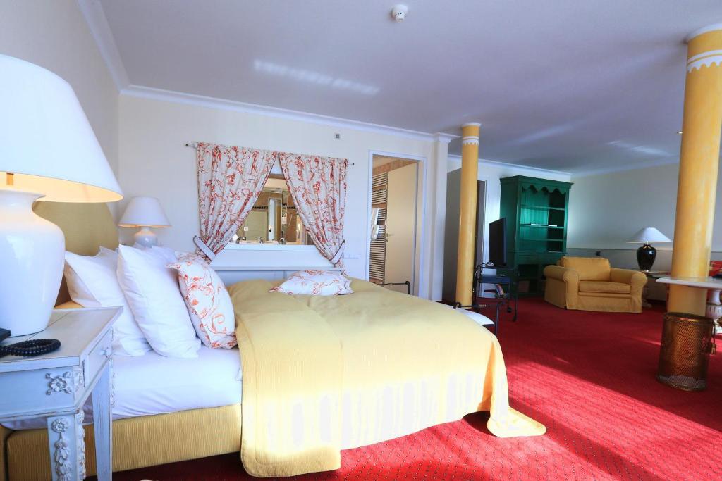 Hotel Alpenhof Murnau Murnau Am Staffelsee Germany Booking Com