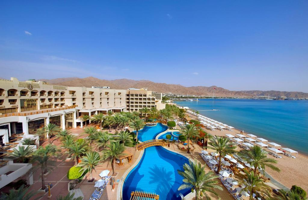 A view of the pool at InterContinental Aqaba or nearby